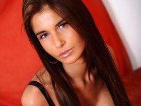 Несса Девил моделька хочет анального секса