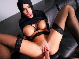 Мусульманки тоже изменяют своим мужьям