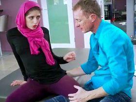 Невестка арабка анально изменяет мужу с его братом